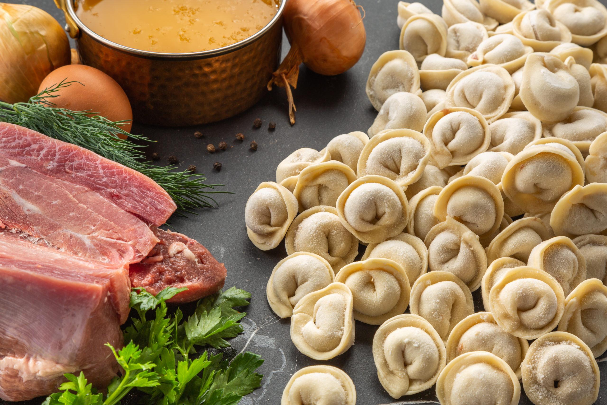 Ароматные домашние пышки с чесноком и зеленью: обожаю такие рецепты!
